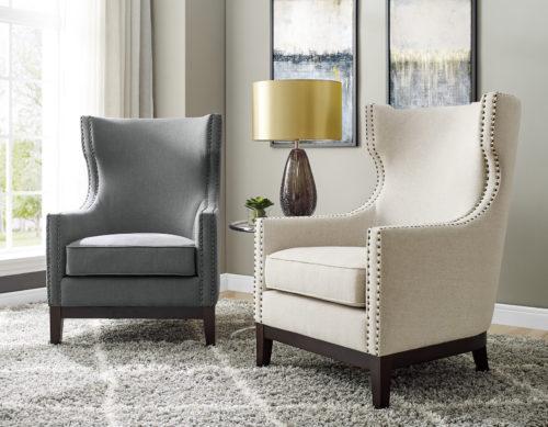 Chairs/Ottomans/Poufs